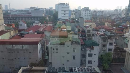 Movenpick Hotel Hanoi: View towards the old city
