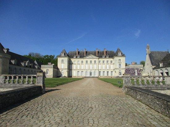 Maine et Loire, France: Château depuis l'entrée