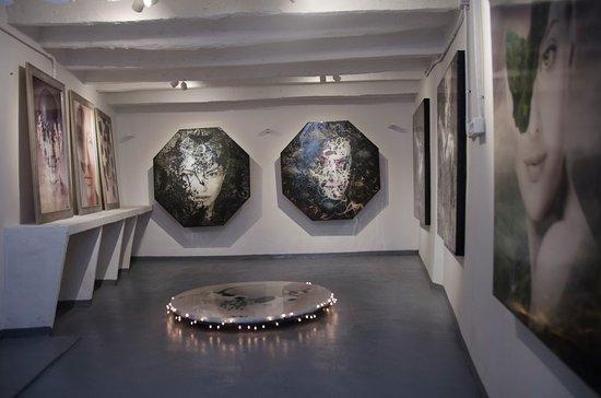 Igor Morski Gallery
