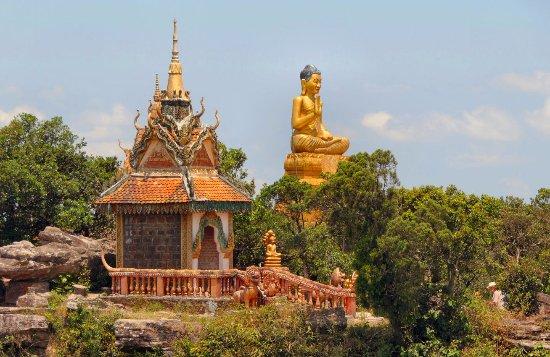 Wat Sampov Pram