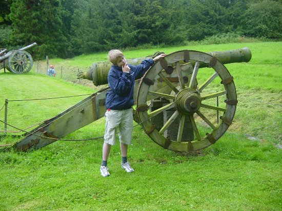Chillingham Castle: Cannons!