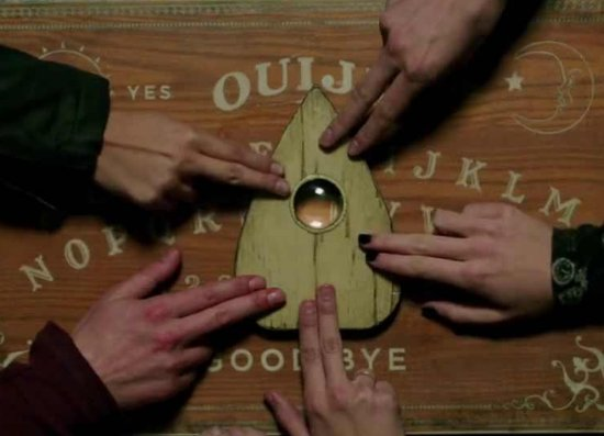 ‪Ouija Escape Room‬