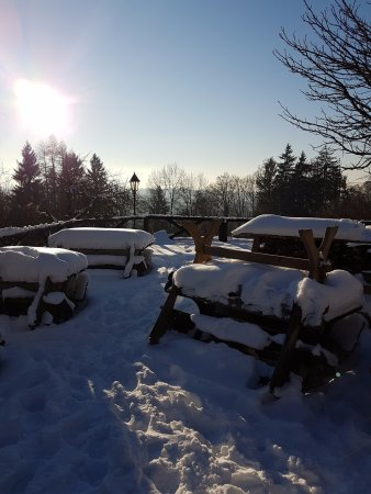 Hechenberg, Germany: Biergarten im Winter