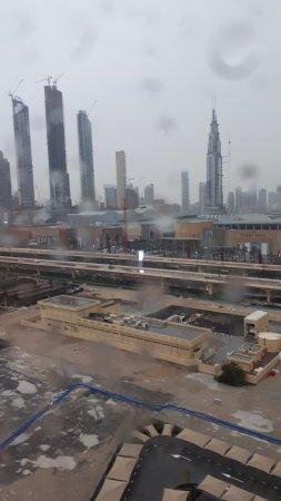 Rove Downtown: Vu de la chambre coté gauche de la burj khalifa