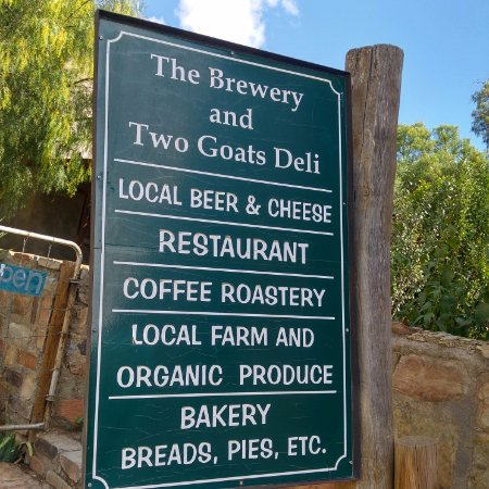 Nieu-Bethesda, África do Sul: Two Goats Brewery and Deli - all on what is on offer. Cheese, Coffee , Breads definitely recomme