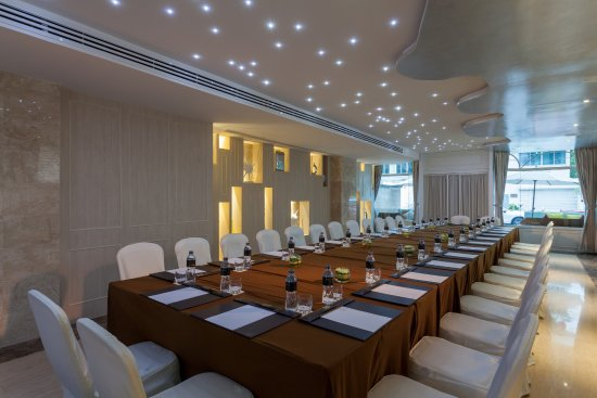 Centara Grand Phratamnak Resort Pattaya Hotel