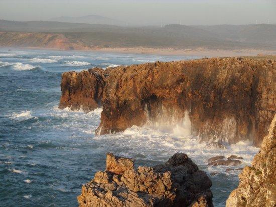 Pensao das Dunas: Evening view of cliffs near Pension Das Dunas