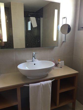 39 villa 1 39 in area 1d 3 bed 3 bath 2 kitchen 2 lounge 3 for Terrace parent lounge