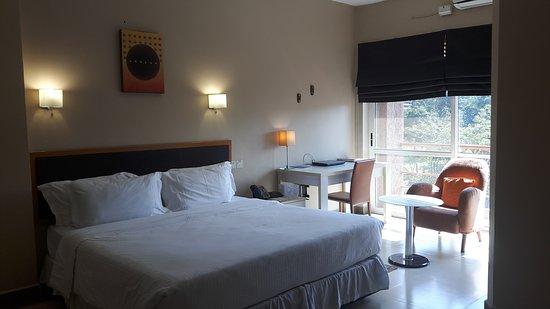 Metropole Hotel Kampala: 20170402_152432_large.jpg