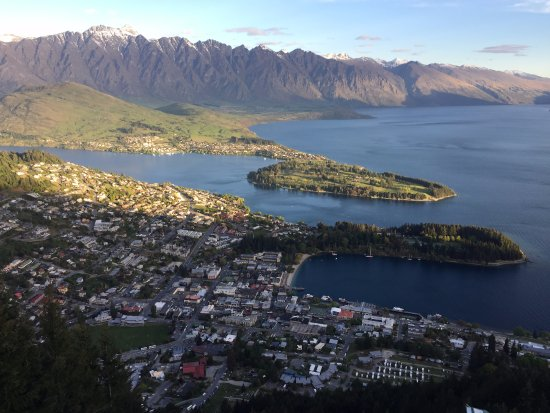 Queenstown, New Zealand: Panorama dalla terrazza
