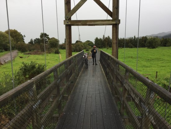 From Thames to Paeroa