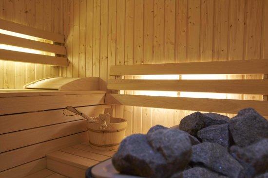 sauna finlandais photo de 9hotel sablon bruxelles tripadvisor. Black Bedroom Furniture Sets. Home Design Ideas