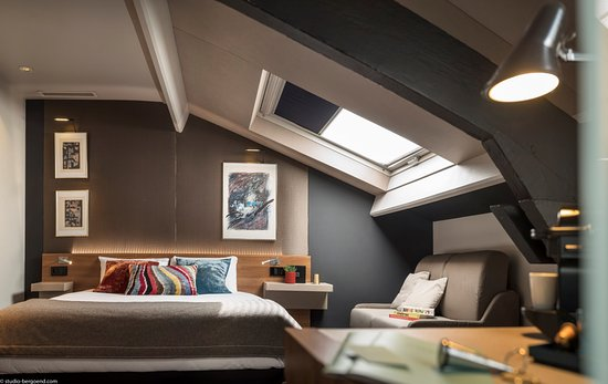 Chambre Luxe - Picture of Fred Hotel, Paris - TripAdvisor