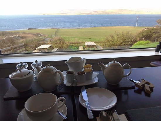 Rousay, UK: The views from breakfast in the dining room
