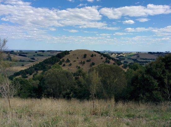 Mount Leura: Mount Sugarloaf