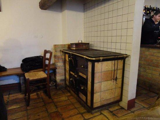 la vecchia cucina economica - Bild von Vecchie Province, Mossa ...
