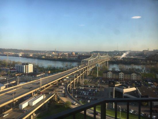 Radisson Hotel Cincinnati Riverfront : photo4.jpg