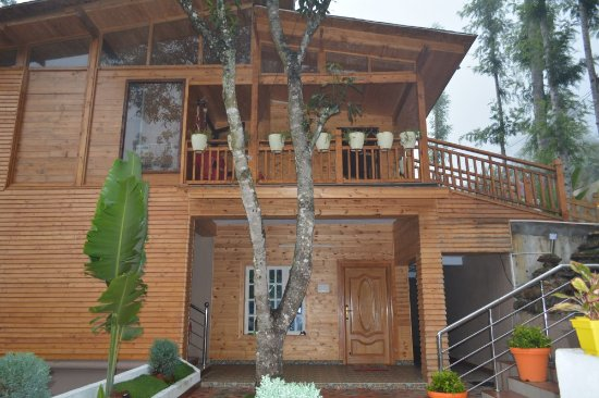 Serenewoods resorts cottages kodaikanal cottage reviews photos rate comparison tripadvisor for Resorts in kodaikanal with swimming pool
