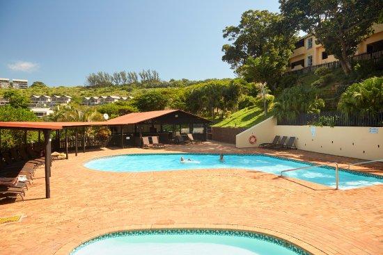 Pool - Picture of Chaka's Rock Chalets, Shaka's Rock - Tripadvisor