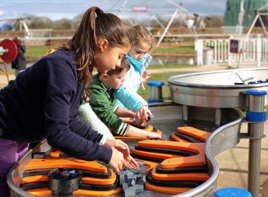 Herstmonceux, UK: Water Play