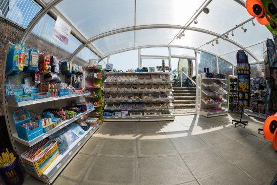 Herstmonceux, UK: Shop