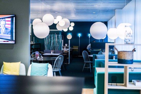 Kista, السويد: Lobby/Restaurant