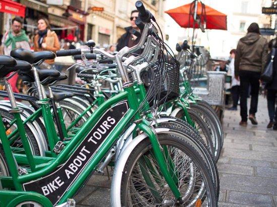 Champagne Bike Tour Paris