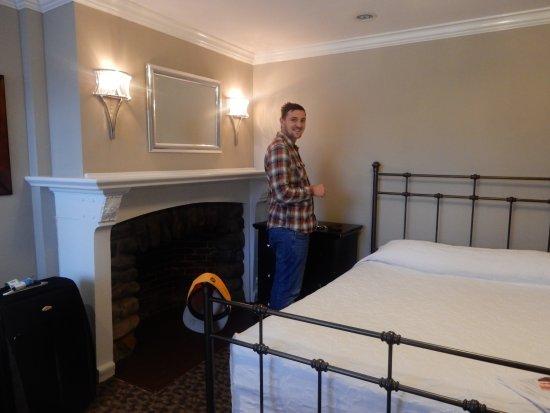 Longwood Inn Picture