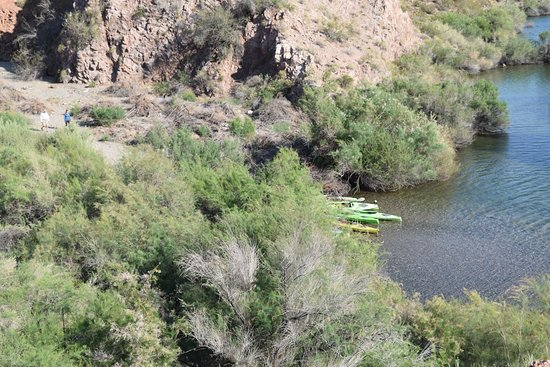 Boulder City River Riders - Day Tours: Short Hike off The River