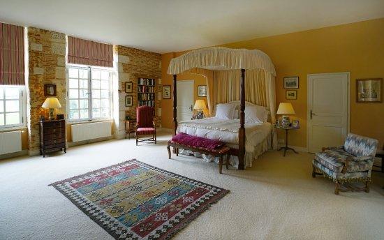 Saint-Maclou, France: Master Bedroom