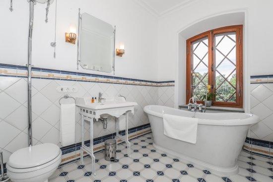 Harju County, Estonia: Bathroom of Suite Imperator