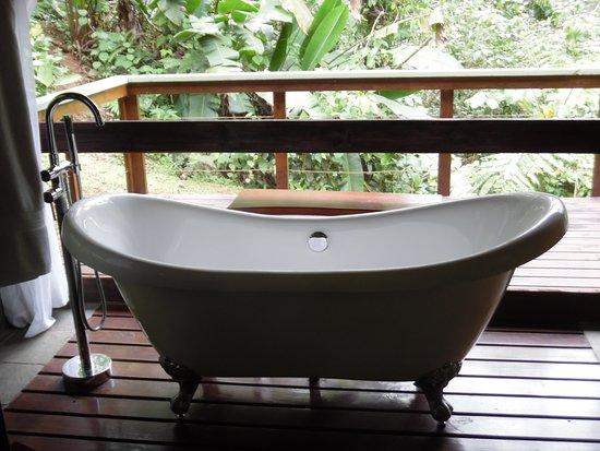 Pacuare Lodge: Full Claw Foot Bath Tub