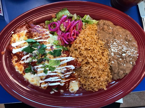 Beaumont, CA: Enchiladas