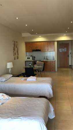 Hill View Hotel Apartments : photo0.jpg