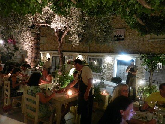 Alana restaurant: Μαγικό..