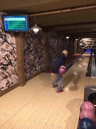 One Ski Hill Place, A RockResort: Private Bowling - fun!