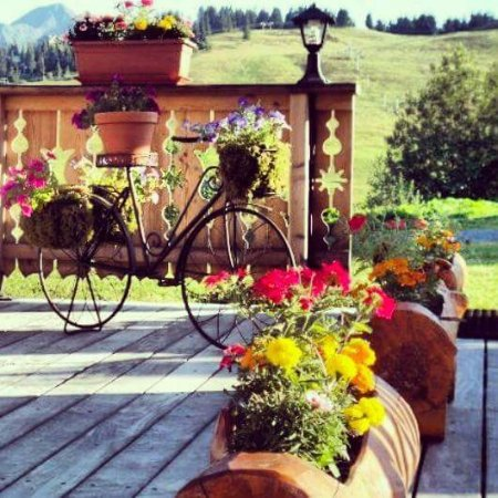 Hauteluce, France: en été tout est fleuri