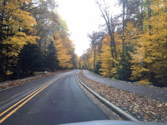 Wausau, WI : Main road and walking path up Rib Mountain from town to state park