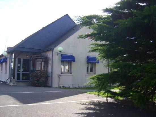 Villeveque, France: Entrée