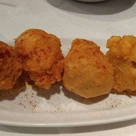Jefferson, Louisiane : Crab stuffed beignets!
