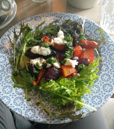 Birr, Irlandia: Salad -Very fresh and tasty