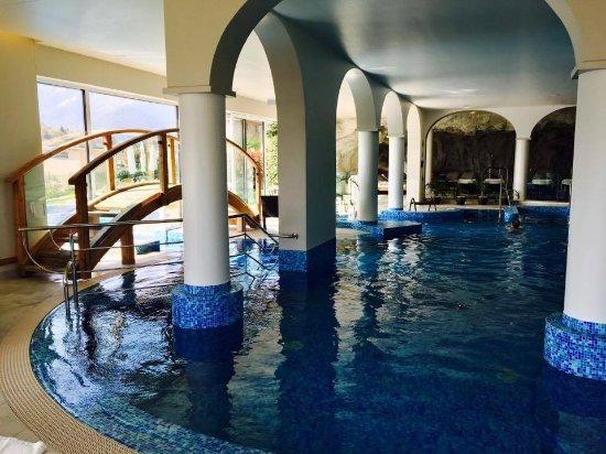 Cademario, Suisse : Indoor pool