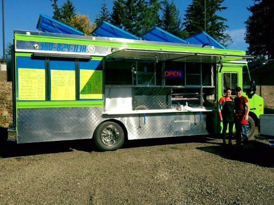 Port Orchard, WA: Food Truck and Owners