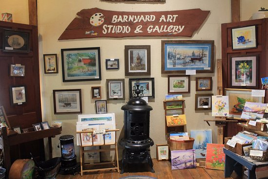 ‪Barnyard Art Studio & Gallery‬