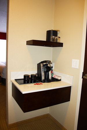 The Kanata Inns Invermere: Coffee Station in Newly renovated room.