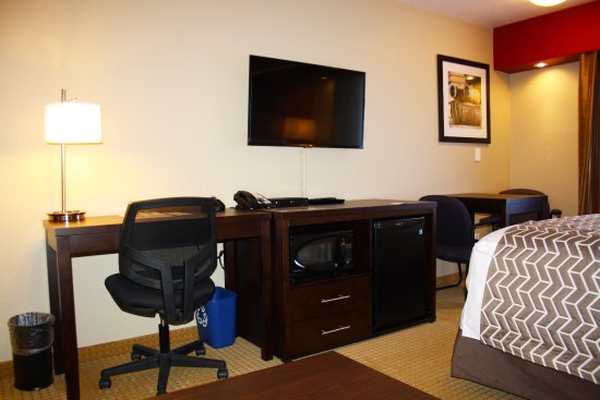 The Kanata Inns Invermere: Newly renovated room features