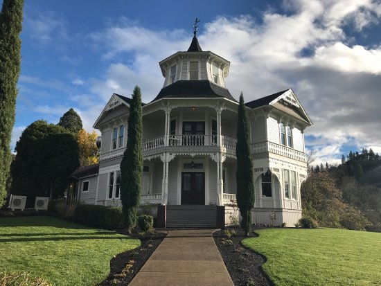 โรสเบิร์ก, ออริกอน: Parrott House