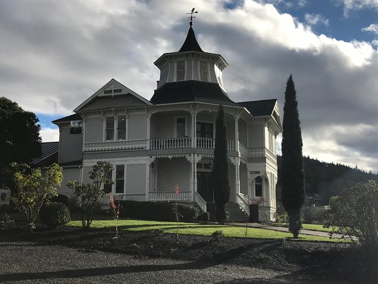 Roseburg, OR: Parrott House