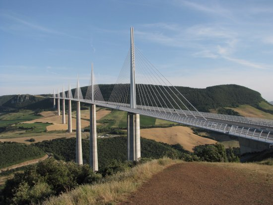 viaduc de millau gabriel lothe picture of millau viaduct millau tripadvisor. Black Bedroom Furniture Sets. Home Design Ideas