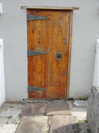 St. George, Islas Bermudas: Wonderful old door at St. Peter's Church,